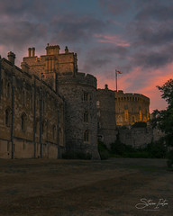 Windsor Castle (steveniceton.co.uk) Tags: windsorcastle windsor royalty royal family castle history historic sunset tourist tourism unitedkingdom uk gb greatbritain britain berkshire handheld