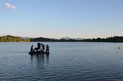 Piano en bleu (RarOiseau) Tags: lac spectacle lacdepelleautier paysage musique bleu soir hautesalpes