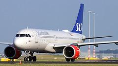 LN-RGL 2018-06-06 AMS (Gert-Jan Vis) Tags: lnrgl airbus a320 a320neo sas schiphol polderbaan 7290 scandinavianairlines