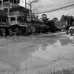 Flooded intersection, morning, Chiang Mai thumbnail