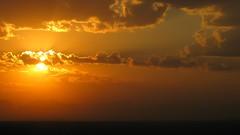 The foggy dawn 08/03/2018 Lebedin. Ukraine. (ALEKSANDR RYBAK) Tags: рассвет солнце лучи восход утро небо облака туман лето сезон погода атмосфера dawn sun beams sunrise morning sky clouds fog summer season weather atmosphere sunset airplane water dusk ocean beach sea skyline landscape city cloud
