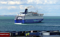18 08 10 Oscar Wilde departing Rossalre  (10) (pghcork) Tags: oscarwilde rosslare ferry ferries carferry irishferries ireland wexford