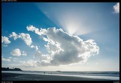 Sky full of light (Falcdragon) Tags: crepuscularray light sky skyporn cloud sea newzealand sonya7riialpha zeissloxia2821