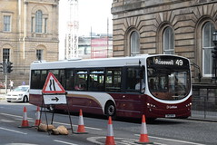 LB 181 @ North Bridge, Edinburgh (ianjpoole) Tags: lothian buses volvo b7rle wright eclipse urban 2 sn13bfa 181 north bridge edinburgh