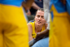 Chicago Sky Allie Quigley (14) during a timeout in the Minnesota Lynx vs Chicago Sky game at Target Center on August 14 (Lorie Shaull) Tags: minnesota minneapolis minnesotalynx lynx wnba womensbasketball basketballplayer basketball alliequigley chicagosky targetcenter