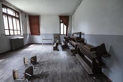Controreligione (nuuuvola) Tags: emptyspace religion abandoned