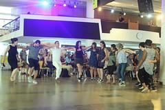 Suna Alan (2018) 07 - dancers (KM's Live Music shots) Tags: worldmusic turkey traditionalturkishmusic traditionalkurdishmusic sunaalan dancers womeninmusic fridaytonic southbankcentre