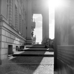 Sitting on big Steps (ucn) Tags: mxevs rolleiflex35b agfacopexrapid mitte street tessar75mmf35 filmdev:recipe=12019 adoxadoluxatm49 developer:brand=adox developer:name=adoxadoluxatm49 backlight gegenlicht berlin