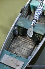 Niederösterreich Waldviertel Ottenstein_DSC0650 (reinhard_srb) Tags: niederösterreich waldviertel ottenstein stausee wasser baden schwimmen abkühlung natur boot ruder sonnenschirm flasche mineralwasser getränk bretter tau leine algen grün
