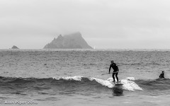 Skellig Michael surfer (PapaPiper) Tags: ringofkerry countykerry ireland skelligmichael surfing surfer wave seascape sea monochrome mono bw blackwhite island