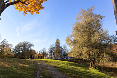 Cathedral in the autumn sunshine. (fedoseenko) Tags: санктпетербург россия красота colour природа nature beauty blissful loveliness beautiful saintpetersburg sunny art shine dazzling light russia day green park peace tree trees blue white голубой небо лазурный color sky pretty sun пейзаж landscape clouds view heaven mood serene golden reflection grass wood autumn gold feodorovsky пейжаз федоровский colours alley town outdoors picture облака архитектура road orthodox church cathedral sanctuary architecture domes shrines religion temple holy building cupola православие купола святыни святые места собор церковь