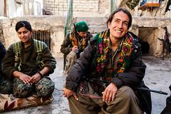 IMG_6557.jpg (Reportages ici et ailleurs) Tags: kurdistanirakien urbanwar kurdes sinjar pkk yezidis peshmerga battle city yekineyenberxwedanshengale ybs guerre shengal ezidis guerreurbaine yannrenoult fight bataille war isis hpg ypg yjastar etatislamique montagne guerilla kurd ville yekineyenparastinagel mountain