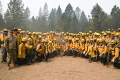 180805-Z-GJ033-0036 (Like us on Facebook at CAGuard) Tags: california national guard 40thinfantrydivision briggenmarkmalanka handcrews carrfire shastacounty soldiers wildfires