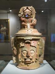 Mayan funeral urn (tommyajohansson) Tags: madrid comunidaddemadrid spain es españa spanien semester ferie vacances weekendbreak urlaub tommyajohansson geotagged museum museumoftheamericas