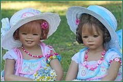 Sanrike und Milina ... einen schönen Sonntag ... (Kindergartenkinder 2018) Tags: kindergartenkinder annette himstedt dolls sanrike milina