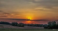 wolke (Heinertowner) Tags: darmstadt südhessen deutschland germany alemagne sonnenuntergang sunset wolke cloud abendrot himmel sky nikon d3300 tamron 1750mm nik