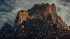Sunset in the mountains (hunblende) Tags: mountain dolomites naturephotography nature landscapephotography landscape outdoor sunset peak