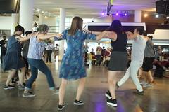 Suna Alan (2018) 10 - dancers (KM's Live Music shots) Tags: worldmusic turkey traditionalturkishmusic traditionalkurdishmusic sunaalan dancers womeninmusic fridaytonic southbankcentre