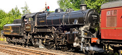 READY TO LEAVE (chris .p) Tags: nikon d610 view steam highley shropshire summer 2018 43106 ivatt august svr severnvalleyrailway uk capture railway