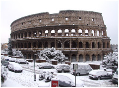 DSCF5733 18x24 2012 (M64RM) Tags: roma colosseo neve2012