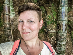 In with the bamboo (Melissa Maples) Tags: batumi batum ბათუმი adjara აჭარა georgia gürcistan sakartvelo საქართველო asia 土耳其 apple iphone iphonex cameraphone მწვანეკეპი mtsvanecape ბოტანიკურიბაღი botanicalgarden bamboo trees forest me melissa maples selfportrait woman brunette