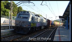 Malos cruces (08/2018) (aarongilp) Tags: agp aarongilp tren train treno zug comboio freight mercancías mercaderies fret güterzug continental rail 3333 prima rosco 333321 vilaverd zaragoza plaza barcelona can tunis emd vossloh teco contenedores containers conteneurs