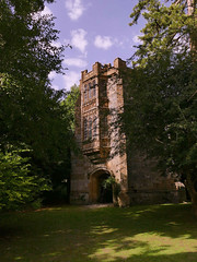 Cerne Abbas, the Abbey gatehouse intact even after the Dissolution of the monasteries. This was built in 1500. The glass windows at the front were over the gatehouse and the abbot had his rooms there. (Englepip) Tags: cerneabbas 1500 gatehouse abbey dorset