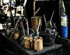 024693763637-103-Oil Cans-1 (Jim There's things half in shadow and in light) Tags: america ely nevada nevadanorthernrailwaymuseum southwest usa whitepinecounty history locomotive museum rail steam stilllife oil can