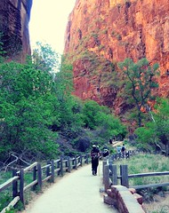 Riverside Walk-Zion (pris matic) Tags: zionnationalpark utah zion riversidewalk trail hikers humans nikonp330