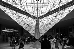 Light pyramid (lizgr.92) Tags: pyramid crystal europe france summer eurotrip tokina1116 museum architecture light blackandwhite paris d5100 nikond5100 nikon tokina