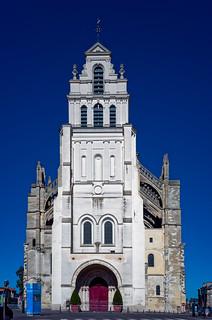 Basilique façade rénovée...