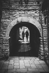 Split, Croatia (pas le matin) Tags: croatie croatia hrvatska split travel voyage world city night ville nuit europe europa silhouette people light lumière canon 7d canon7d canoneos7d eos7d bw nb noiretblanc blackandwhite monochrome