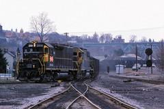 MGA 2002 PLE 2057, W. Brownsville, PA. 3-27-1986 (jackdk) Tags: train railroad railway locomotive emd emdgp38 emdgp382 gp38 gp382 mga monongahela monongahelarailway ple pittsburghandlakeerie coal coaltrain coaldrag standardcab fallenflag westbrownsvillepa brownsvillepa brownsville