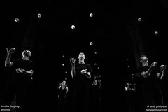 _R9A9487BW (Andy Phillipson) Tags: andyphillipson livewireimagecom gandinijuggling juggling 8songs seangandini gandinijuggling8songs