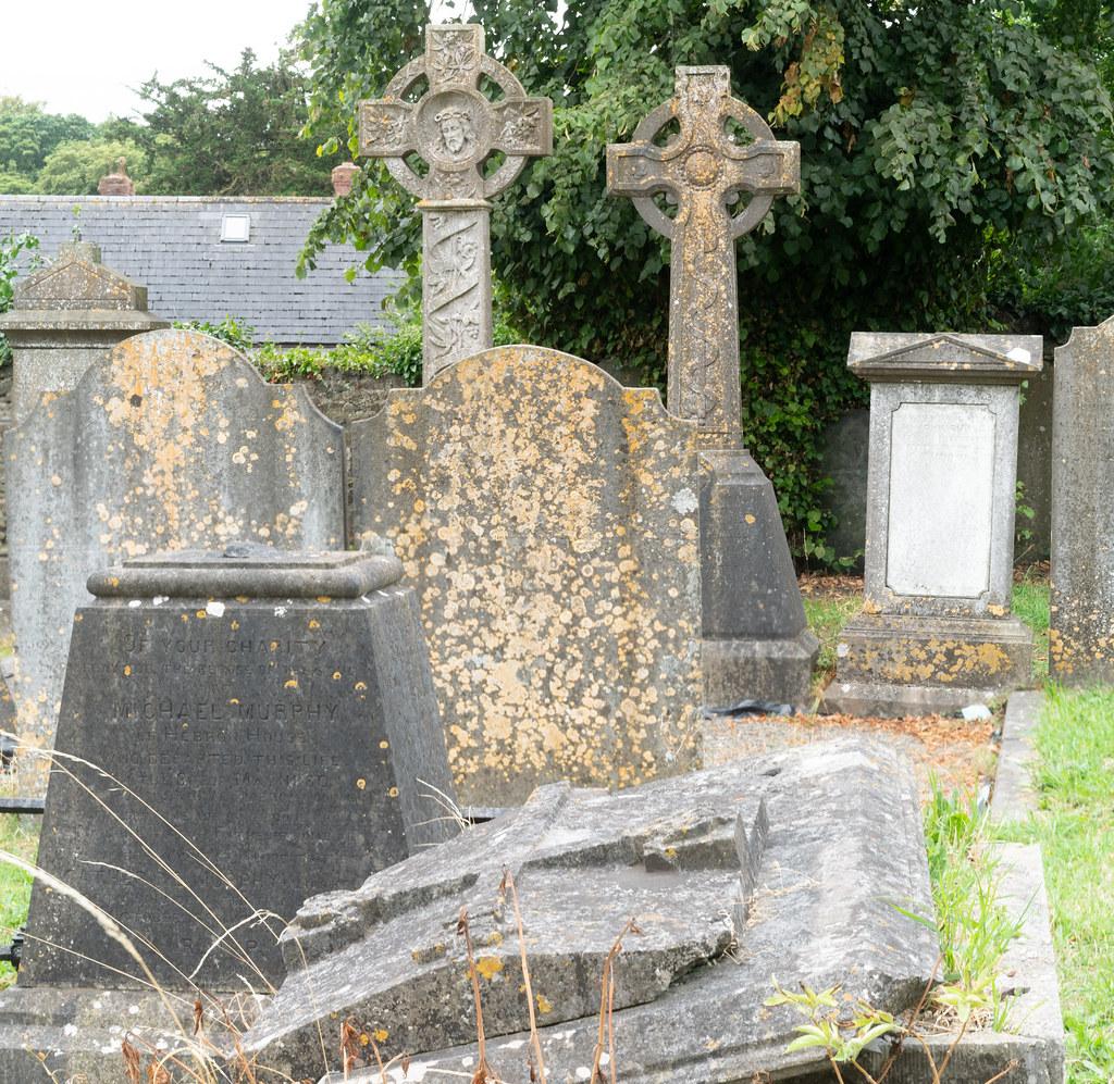 OLD CHURCHYARD KNOWN AS ST. JOHN'S [DUBLIN ROAD KILKENNY]-142944