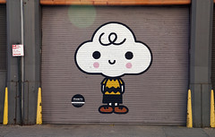 Peanuts Global Artist Collective Mural - Hudson Square neighborhood, New York City (SomePhotosTakenByMe) Tags: charliebrown garage peanuts mural wandbild kunst art nyc newyork newyorkcity stadt city outdoor manhattan usa america amerika unitedstates innenstadt downtown peanutsglobalartistscollective urlaub vacation holiday comic cartoon friendswithyou explored inexplore