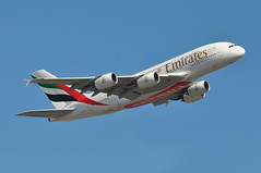 EK0008 LHR-DXB (A380spotter) Tags: takeoff departure climb climbout airbus a380 800 msn0103 a6edw expo2020dubaiuaeofficialpremierpartner decal sticker 38m longrangeconfiguration 14f76j427y الإمارات emiratesairline uae ek ek0008 lhrdxb runway09r 09r london heathrow egll lhr