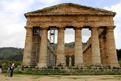 IMG_8078 (Vito Amorelli) Tags: segesta sicily dorictemple greektheater
