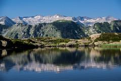 Étang d'Arbu (Ariège) (PierreG_09) Tags: ariège pyrénées pirineos occitanie midipyrénées eu montagne lacétang arbu lake see