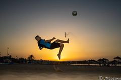 Chilena (josmanmelilla) Tags: melilla atardecer deportes futbol playas playa españa pwmelilla flickphotowalk pwdmelilla pwdemelilla sony