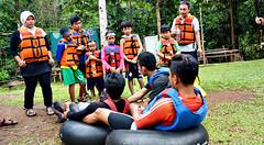 Briefing River Tubing (Explore Pangandaran) Tags: greensantirah santirah rivertubing pangandaran arungjeram rafting bodyrafting ciamis parigi selasari desaselasari jawabarat wisatasungai