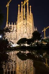Sagrada Família (Jason Yano) Tags: nikon d7200 gaudi sagradafamilia catalonia reflection spain barcelona church architecture