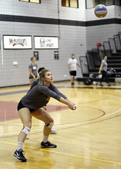 Deep Focus (ryry602) Tags: volleyball acu arizona az christian university players college practice scrimmage
