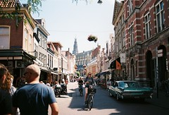www.youtube.com/watch?v=fLYtTqHIbiw&t=69s (aqawitt) Tags: amsterdam holland haarlem city film filmphotography agfa agfavista200 street streetphotography dutch snap nikon nikonfm2 35mm vista200