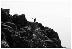20170515-031 (Aaron Cat) Tags: aaronhsu canon eos 5d markiii canoneos5dmarkiii canonef100mmf28macrousm southafrica tablemountain capetown sky landscape rock ocean sea