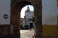 Arco y campanario Iglesia (Rafa Gallegos) Tags: zafra badajoz extremadura españa spain arquitectura architecture arco arch torre campanario