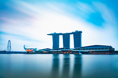 Marina bay, Singapore (Patrick Foto ;)) Tags: architecture asia bay building casino central city cityscape district downtown dusk famous hotel landmark landscape light marina metropolis modern morning night panorama reflection riverside sands scene singapore sky skyline skyscraper structure sunrise sunset tourism tower town travel twilight urban view water waterfront sg