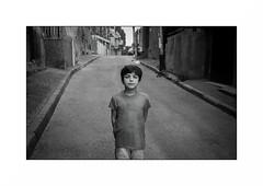 Tbilisi - Georgia (Punkrocker*) Tags: leica m7 summicron asph 35mm 352 film kodak trix 400 nb bwfp street city people tbilisi tbilissi georgia géorgie travel