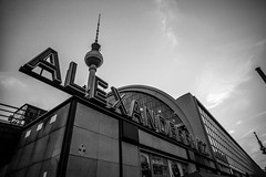 Alexanderplatz (Mario Sixtus) Tags: leica m 240 voigtländer color skopar 21mm f4 berlin