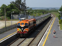 073 arriving at Rosslare strand (MH 13) Tags: railway ireland 073 rosslare strand cravens retro livery orange